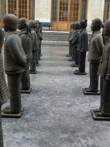 Terracotta Daughters. Prune Nourry